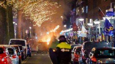 Emeutes à Rotterdam contre les mesures de couvre-feu aux Pays-Bas, ce 25 janvier 2021