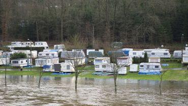 Inondations près d'un camping de Bouillon, sur la Semois, en 2012