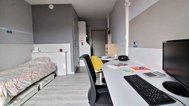 500 euros charges comprises pour 18 mètres carrés : certains étudiants ont les moyens de s'offrir un certain standing