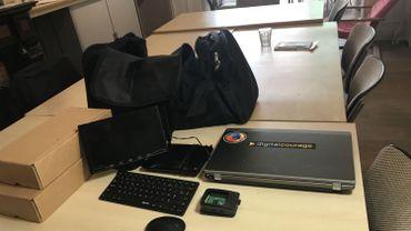 Le kit utilisé par l'informaticien numérique