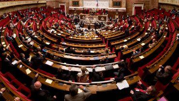"""France: 103 députés sur 577 ont suffi pour """"constitutionnaliser"""" l'état d'urgence"""