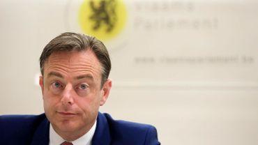 """Bart De Wever: """"Merkel est proche de la ligne de la N-VA dans ses actes"""""""