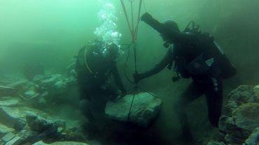 Les fouilles subaquatiques au Lac Titicaca