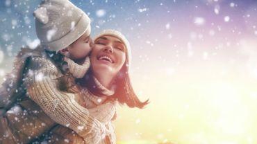 Noël: des accessoires 2.0 pour booster sa routine beauté