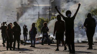 Emeutes au Chili: le bilan grimpe à sept morts, état d'urgence décrété dans cinq régions