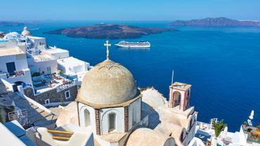 Coronavirus : la Grèce rouvre six de ses principaux ports aux navires de croisière
