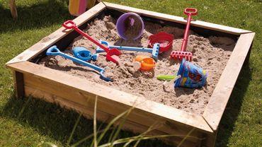 Et si on installait un bac à sable pour vos enfants?