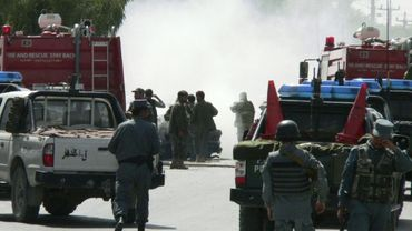"""Au moins 28 personnes, """"essentiellement des femmes et des enfants"""", sont mortes mercredi matin dans l'ouest de l'Afghanistan lorsque leur autobus a sauté sur une bombe placée en bord de route """"par les talibans"""""""