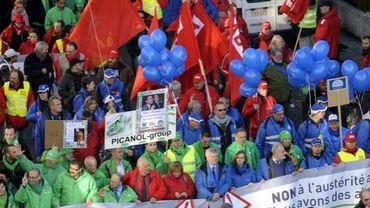 Manifestation nationale ce jeudi: le front commun syndical dans la rue jeudi pour les 2 ans du gouvernement Michel