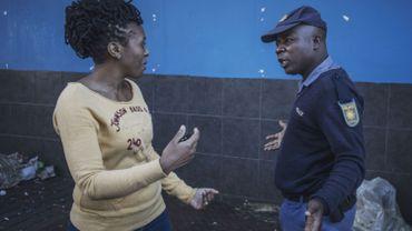 """Coronavirus: les dirigeants politiques très touchés en Afrique, """"On dit que c'est la maladie des élites mondialisées"""""""