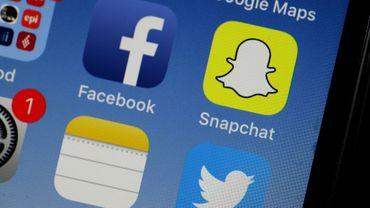 """Snapchat va faire de nouveau apparaître les messages des """"amis"""" dans l'ordre chronologique inverse"""