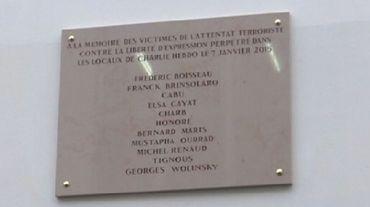Plaque commémorative: une faute à Wolinski