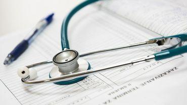 Des projets pilotes pour amener davantage de Bruxellois au dossier médical partagé