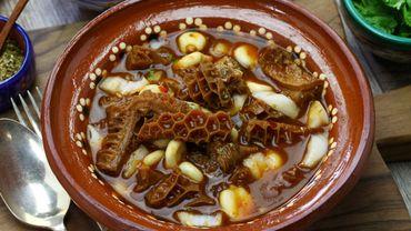 La soupe menudo, une tradition au Mexique.