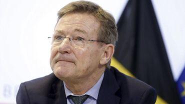 """La taxe Caïman rapporte moins que prévu, """"pas de raison d'imaginer un nouvel impôt"""" selon Van Overtveldt"""