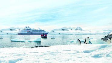 La régulation du tourisme dans l'Antarctique est devenue une urgence en raison des menaces que son développement fait peser sur l'environnement
