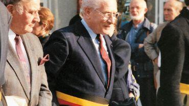 """Marcel Plasman fut en 1977 le premier bourgmestre du """"grand Nivelles"""", après la fusion des communes."""