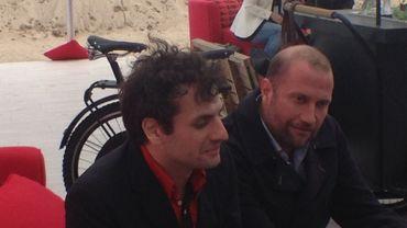 """Serge Bozon (à gauche) et François Damiens (à droite) sur La Croisette pour défendre """"Tip Top"""""""