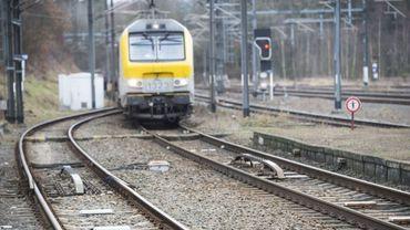 Interruption du trafic ferroviaire entre Liège et Ans à cause d'un incendie