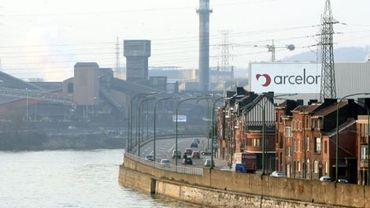 J.-C. Marcourt: ArcelorMittal prend les travailleurs du froid en otage