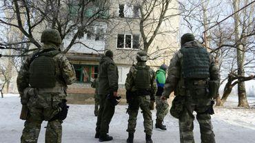 Des soldats ukrainiens à Avdiïvka, près de Donetsk, dans l'est séparatiste prorusse de l'Ukraine, le 3 février 2017