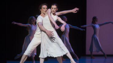 Les danseurs étoiles Aurélie Dupont et Hervé Moreau