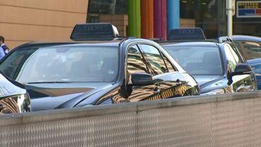 Le patron d'Uber bloqué par des taximen gare du Midi