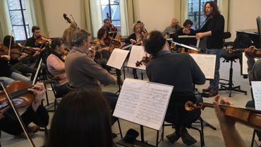 Frank Braley a 50 ans, l'âge de la présence à Mons de l'orchestre qu'il dirige.