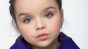 """Cette fillette de 6 ans devient la """"plus belle petite fille du monde"""""""