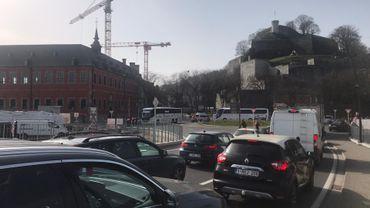 Namur: importants embarras de circulation ce midi à cause de la manifestation des autocaristes