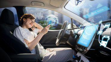La voiture autonome reste une priorité des constructeurs, comme en témoignent plusieurs prototypes annoncés, notamment chez PSA et Renault.