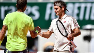 """Federer s'est """"surpris d'avoir aussi bien joué"""" sur terre"""