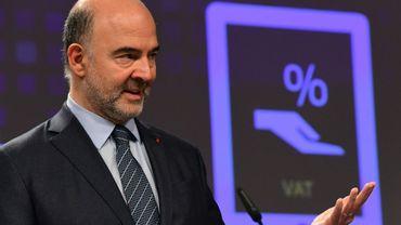Pierre Moscovici, commissaire européen aux Affaires économiques, ici le 1er décembre à Bruxelles, veut un contrôle accru des transferts d'argent vers et depuis l'UE
