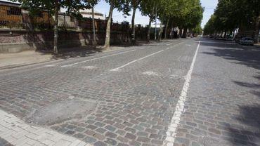 L'avenue du Port est la dernière avenue industrielle et portuaire à avoir gardé son état initial.