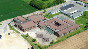 Les cours reprendront le 8 mars à l'école du Grand Frêne, en raison du nombre élevés de contaminations au sein du personnel et parmi les élèves.