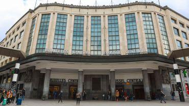 """La gare de """"Bruxelles-Central"""" devient """"Bruegel-Central"""""""