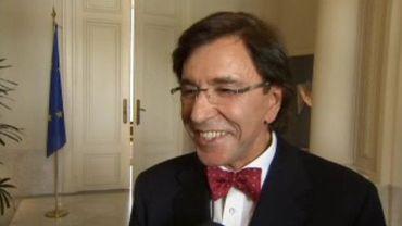 Elio Di Rupo retrouvait peu à peu la voix, début juin
