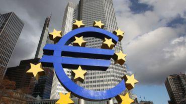 Le conflit ukrainien incite d'autres pays à adopter l'euro avec la Lituanie