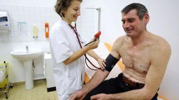 À Votre Avis : bientôt vers la gratuité des soins de santé ?