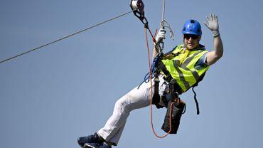 Bart De Wever évacué d'un pylône à haute tension à 140 mètres de haut lors d'un exercice