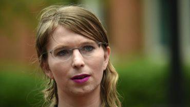 L'ancienne analyste militaire américaine Chelsea Manning avant d'entrer dans un tribunal d'Alexandria, près de Washington le 16 mai 2019
