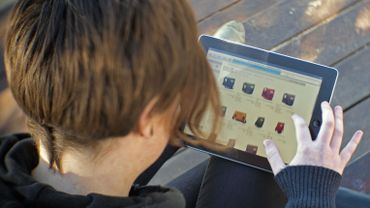"""Les prix peuvent être plus bas chez les  """"purs players"""", des magasins qui vendent exclusivement en ligne."""