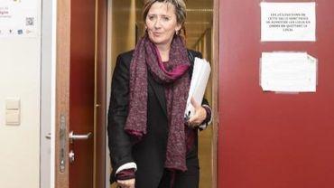 La proposition de Marie-Dominique Simonet déplaît au forces vives bruxelloises