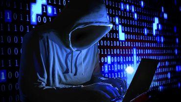"""Fuite de 530 millions de comptes, dont plus de 3 millions en Belgique: Facebook dénonce des """"acteurs malveillants"""""""
