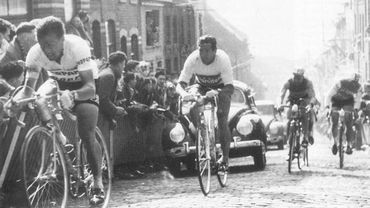 Fred de Bruyne (à gauche) lors du Tour des Flandres 1957