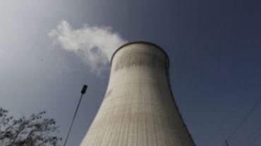 Nucléaire: 300 caméras de surveillance aux abords de Tihange et de Doel