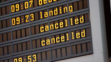 Allemagne: le personnel de cabine de quatre filiales de Lufthansa s'est mis en grève
