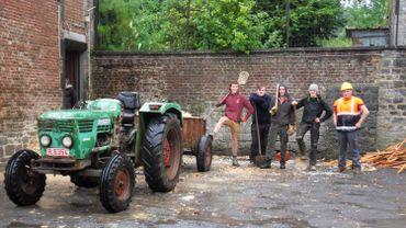 Des jeunes du village de Villers-la-Tour engagés dans la rénovation de leur local