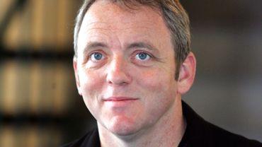 """Côté scénario, Dennis Lehane a participé à la série """"Sur écoute"""" ainsi qu'aux projets de films """"Travis McGee"""" et """"Silk Road"""""""