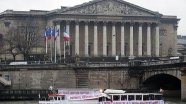 France: l'article sur le mariage homosexuel adopté à l'Assemblée nationale
